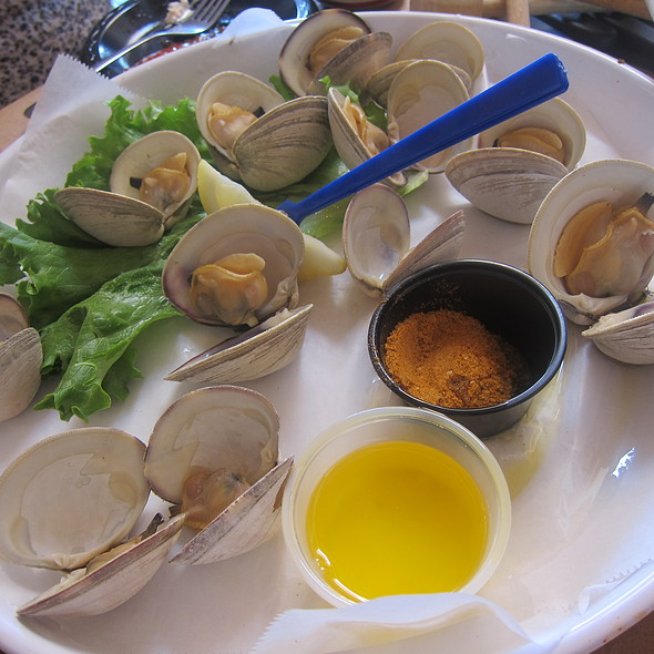 Steamed Clams @ Cantler's Riverside Inn