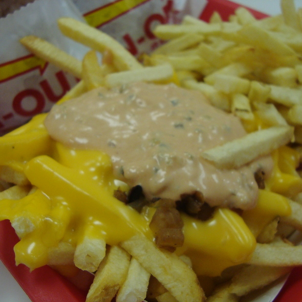 Fries animal-style @ In N Out Burger