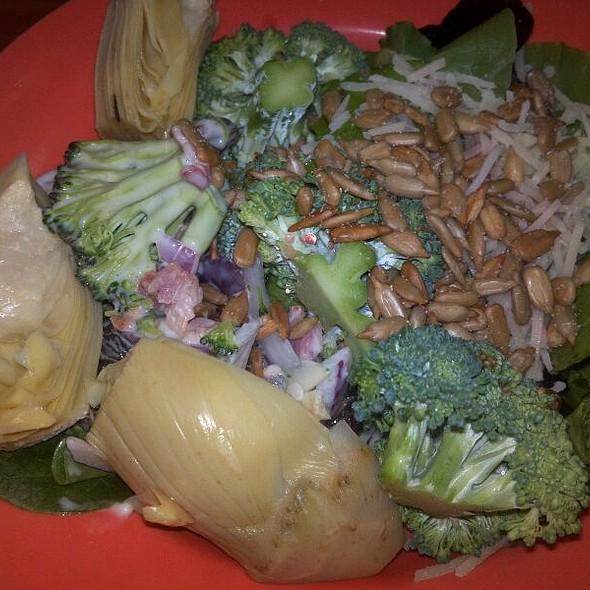 Salad Bar @ Golden Corral