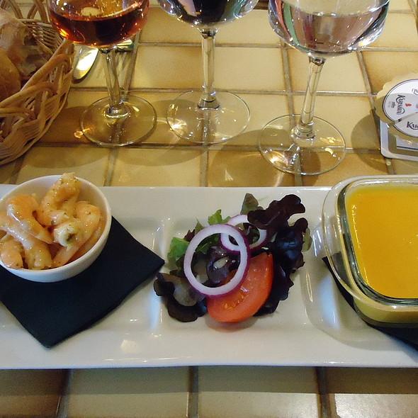 Crevettes marinées, velouté de carottes au cumin @ les Relais d'Alsace
