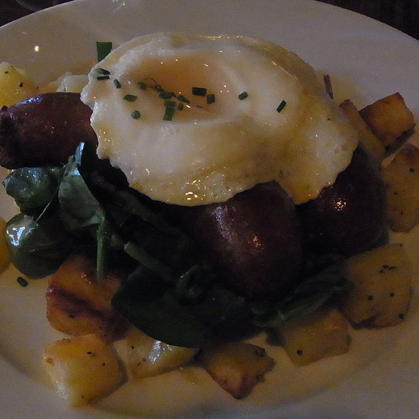Pork, Sage and Apple Sausage with Sauté Potatoes and Fried Egg @ L'Gueuleton