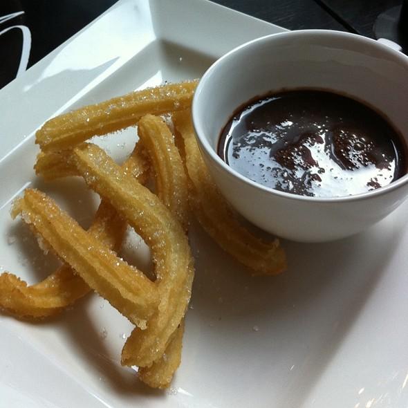 Churros con Chocolate @ Tapeo