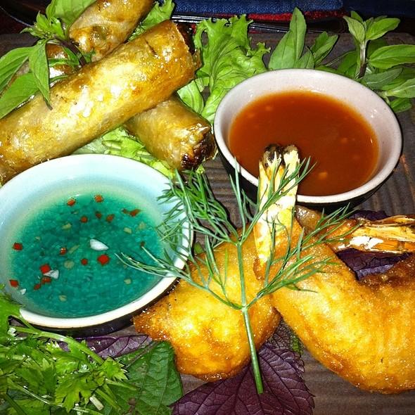 Vietnamese Appetizers @ Nhà Hàng Green Tangerine