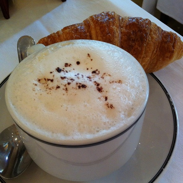 Cappuccino @ Sofitel Legend Metropole Hotel