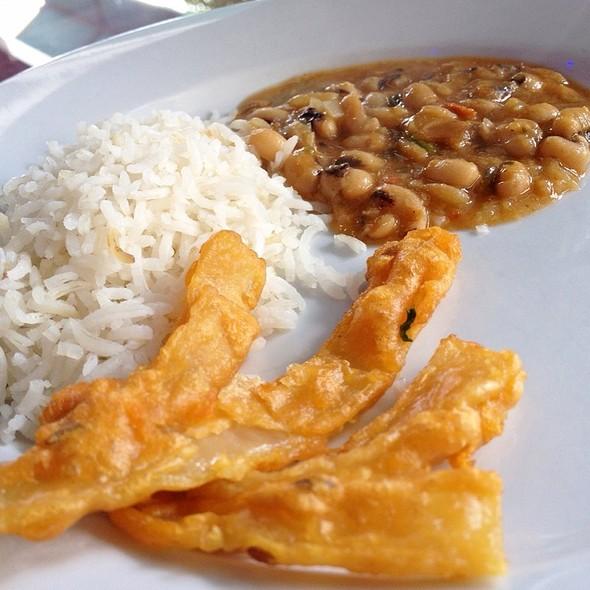 lunch buffet - Himalayan Cafe, Pasadena, CA