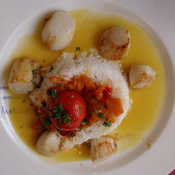 Saint Jacques au beurre d'Orange @ Le Chateaubriand