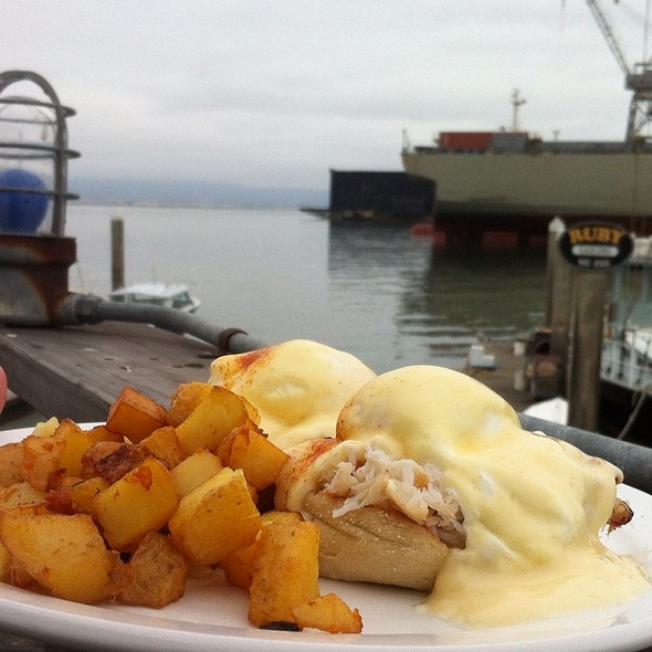 Eggs Benedict With Dungeness Crab @ The Ramp