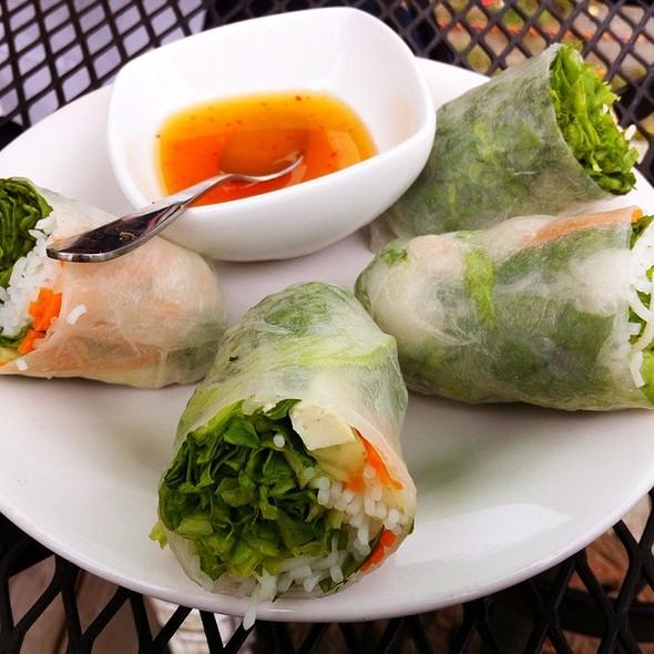 summer rolls @ Laan-Xang Cafe