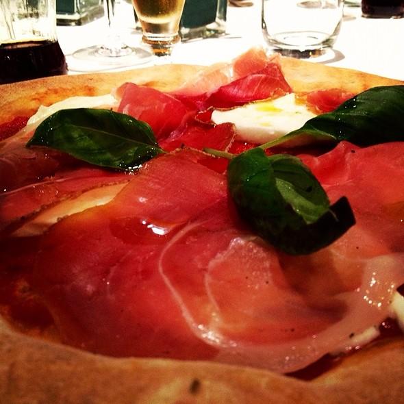 Pizza Mozzarella Di Bufala E Crudo @ Ristorante Pizzeria Elisa