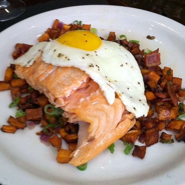 Smoked Salmon Hash - Smokin' Betty's, Philadelphia, PA