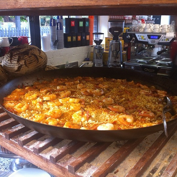 Paella @ Movida Bakery