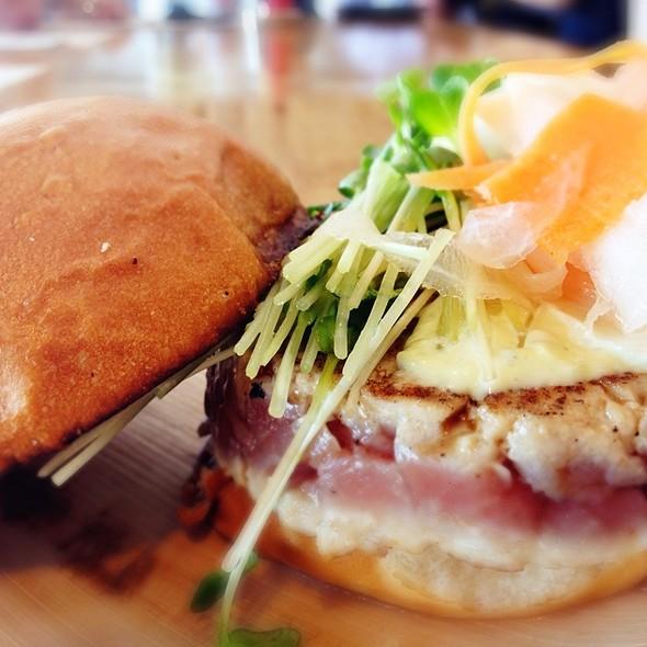 Ahi Tuna Burger @ Umami Burger