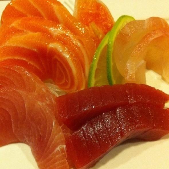 Sashimis De Olhete, Linguado, Salmão E Atum @ Daimu Japanese Foods