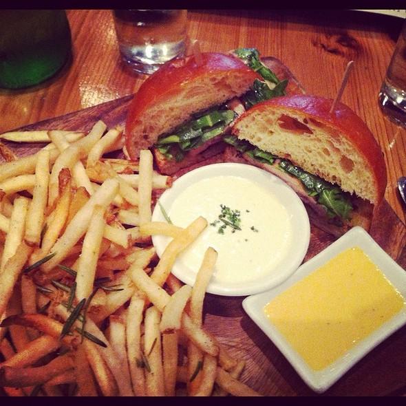 Grilled Chicken Sandwich @ Barbuzzo