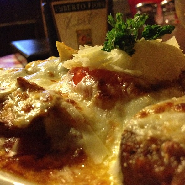 Sausage Ragu - Vinny Vanucchi's 'Little Italy' - Galena, Galena, IL