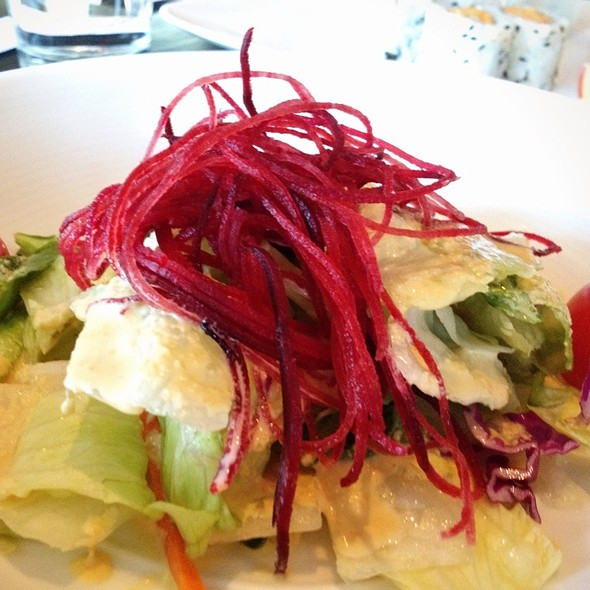 Salad with Ginger Dressing - Makisu Sushi Lounge and Grill, Skokie, IL