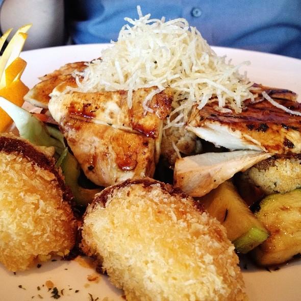 Teriyaki Chicken - Makisu Sushi Lounge and Grill, Skokie, IL