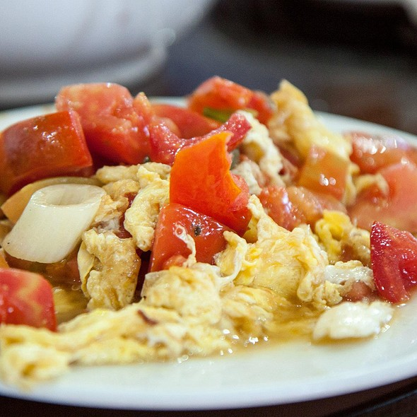 Stir Fried Eggs with Tomatoes