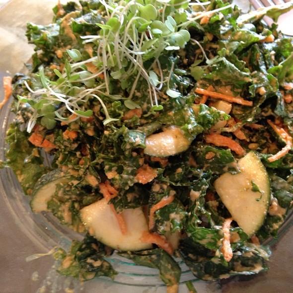 garden salad @ Choice Health Bar