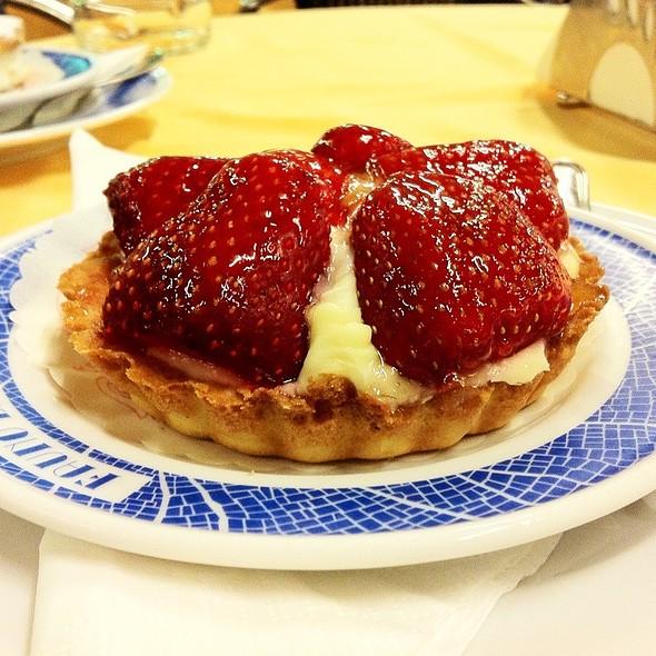 Crostata Alle Fragole Con Crema Gialla @ Fauno Bar S.r.l.