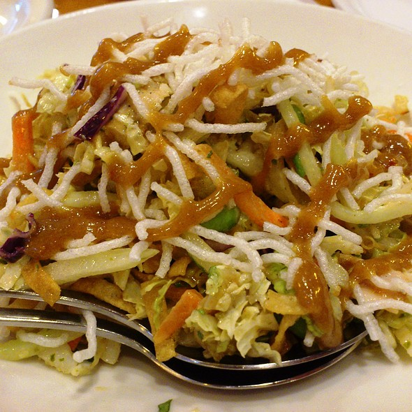 Thai Crunch Salad @ California Pizza Kitchen - Cpk