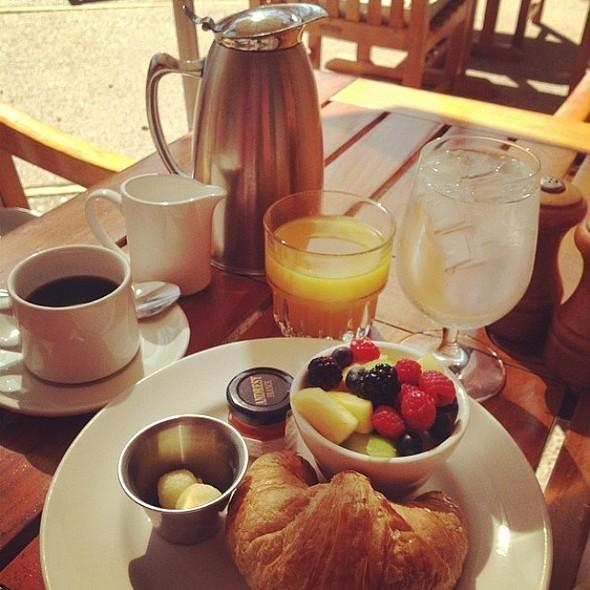 Breakfast - The Scott Grill at The Scott Resort & Spa, Scottsdale, AZ