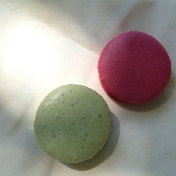 Macarons @ Laduree Printemps