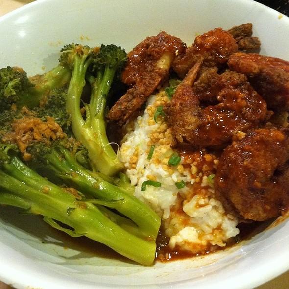"""""""Sae Woo"""" Spicy Jumbo Shrimp, Coconut Rice, Butter'd Kimchi @ Sakaya Kitchen, Midtown Miami"""