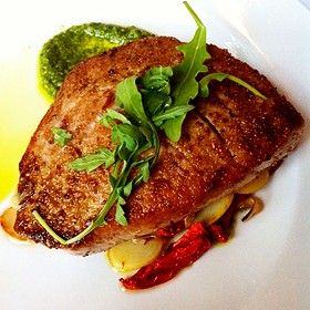 Fennel Seared Yellow Tail