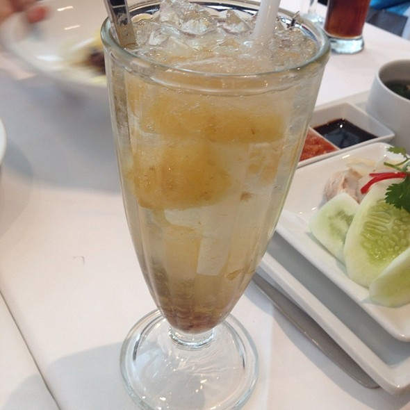 Chinese Plum   Sprite Float @ Greyhound Cafe - Central Chidlom