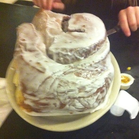 3Lb Cinnamon Roll @ Lulu's Bakery & Cafe