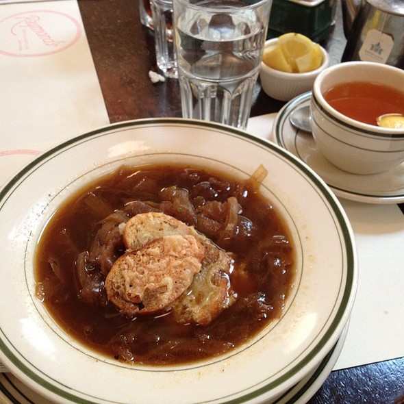French Onion Soup @ Raymond's
