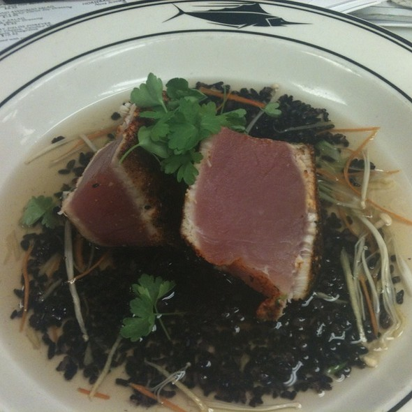 Togarashi Seared Hawaiian Tombo Tuna  @ The Oceanaire Seafood Room