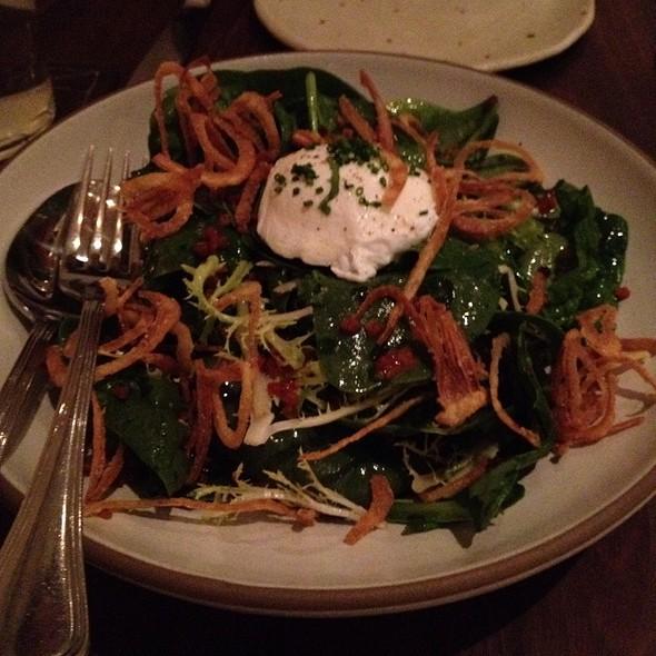 Spinach Salad With Bacon Vinagrette @ Frances