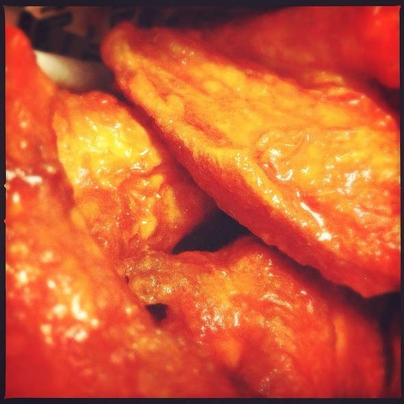 Original Hot Chicken Wings @ Wing Stop