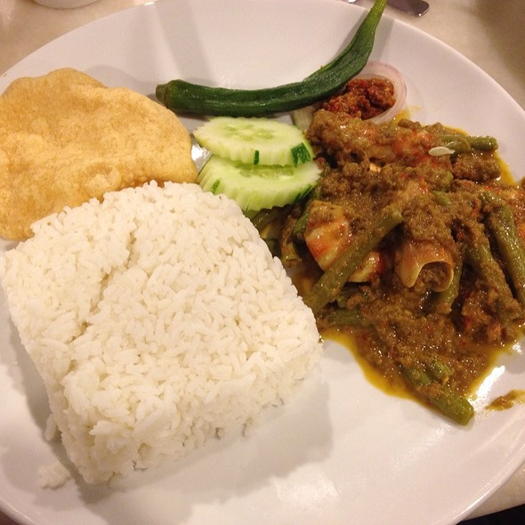 Indonesian Curry Prawn Rice @ The White House (Little Nyonya Cafe)