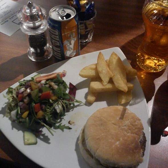 Crombie's Of Edinburgh Steak Burger. Hand-cut Fries. With Side Salad  @ Blue Bar Café