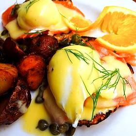 Norwegian Style Eggs Benedict