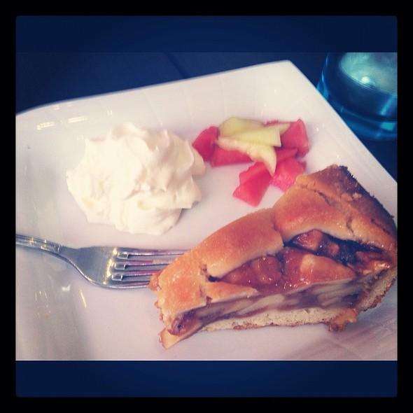Apple Pie @ Cafe Sommerfuglen