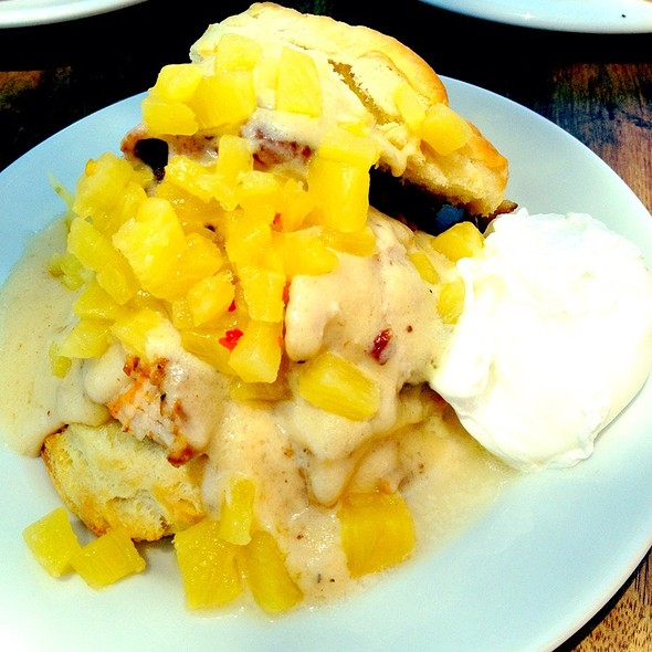 Cinnamon & Cumin Pork Belly Biscuit W/ Bacon Gravy, Pineapple Chutney + Poached Egg - Succulent Cafe, Solvang, CA