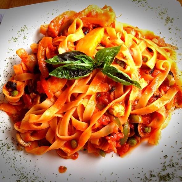 Fettucini Vegetariano @ L' Antica Roma