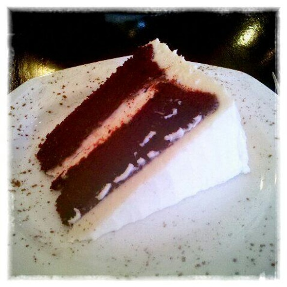 Red Velvet Cake @ Galosa Chocolate Bar