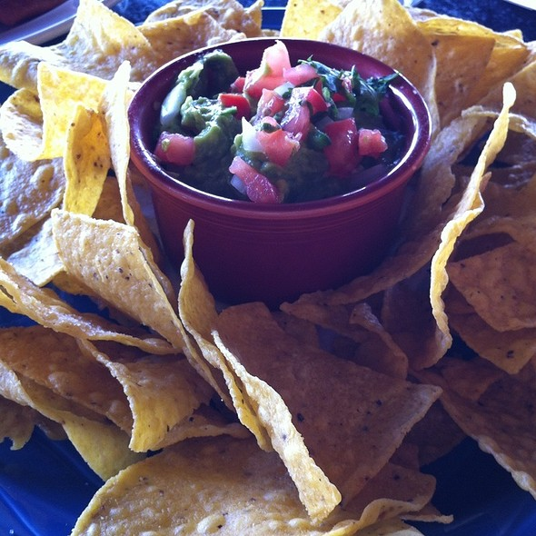 Guacamole and Chips @ Iron Hill Brewery & Restaurant
