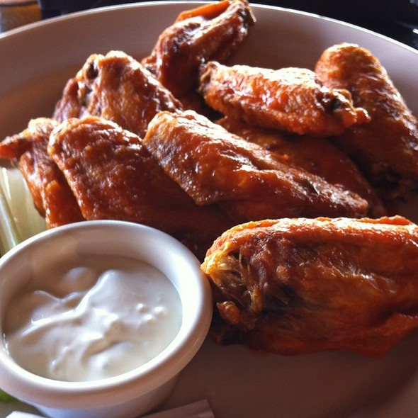 Buffalo Wings @ Iron Hill Brewery & Restaurant