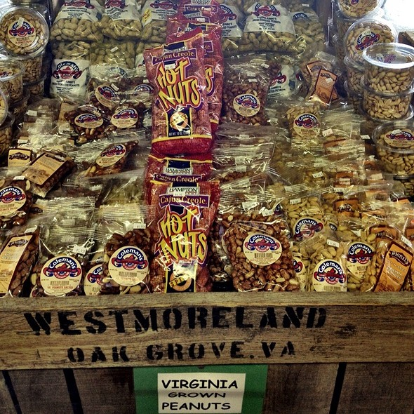 Peanuts @ Westmoreland Berry Farm