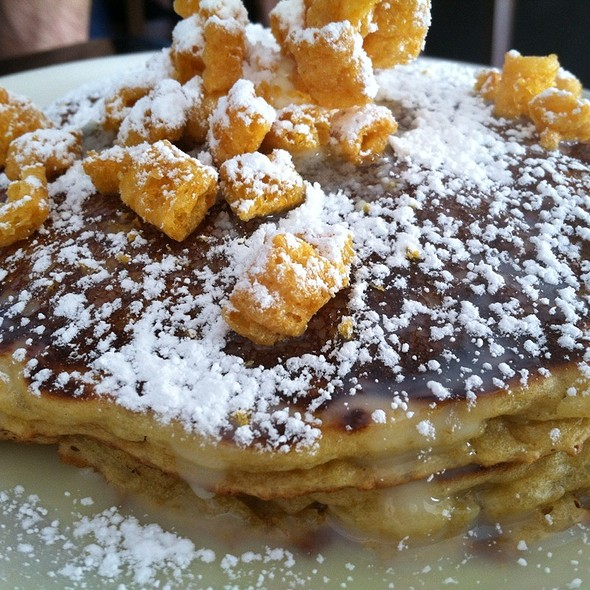 Captain Crunch Pancakes @ Eating House