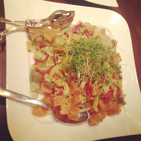 Pappardelle With Beets And Artichokes @ Sustenio