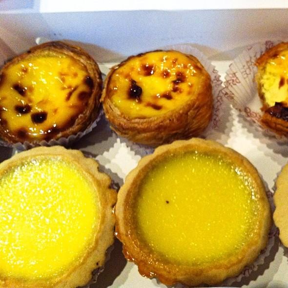 Portugese Egg Tarts @ Golden Egg Bakery