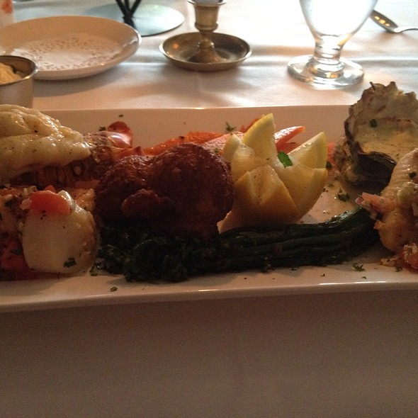 mixed seafood platter - Old Surrey Restaurant, Surrey, BC