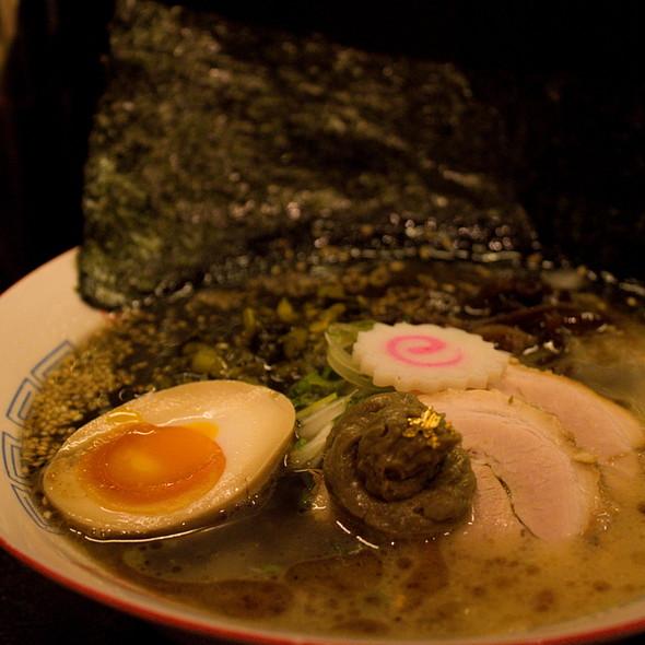 Black Soup Ramen @ Tamashii Japanese Noodle
